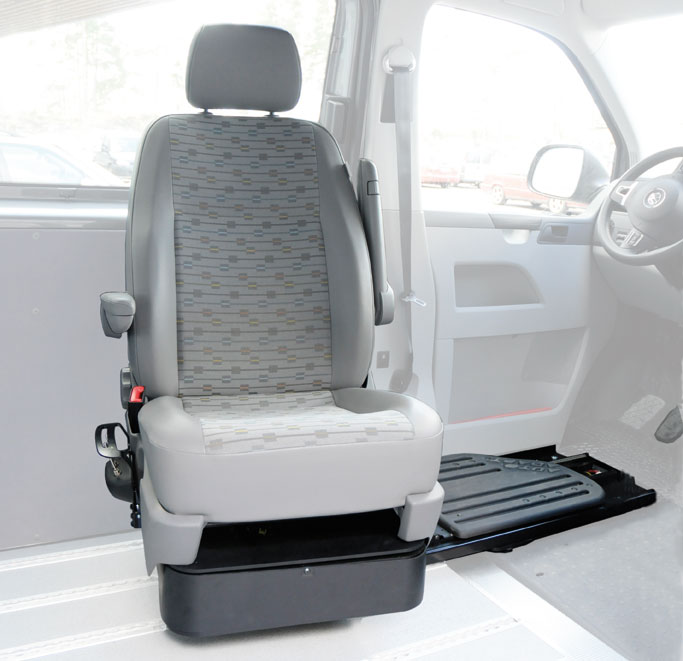 swivel seats for disabled drivers and passengers ergomobility. Black Bedroom Furniture Sets. Home Design Ideas