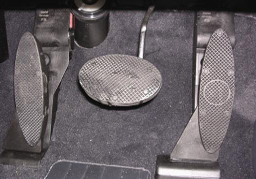 Left foot accelerator